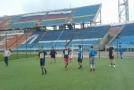 AF на поле перед игрой